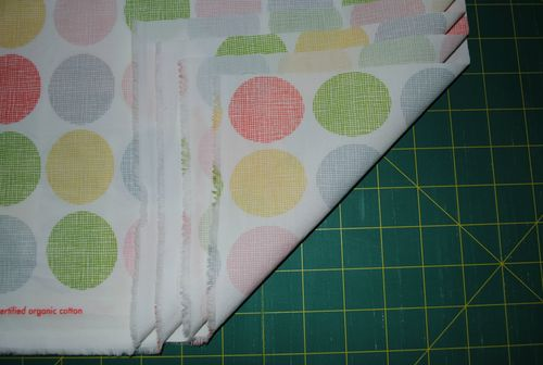 Fitted cot sheet tutorial - four raw corners