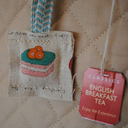 Tea cosy - tea bag tag square